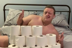 Wannabe Romeo poses 'nude' surrounded by stockpile of loo rolls in bid to get a Tinder date