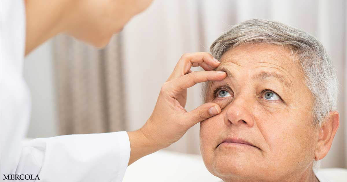 Coronavirus May Reproduce in Eyes for Weeks