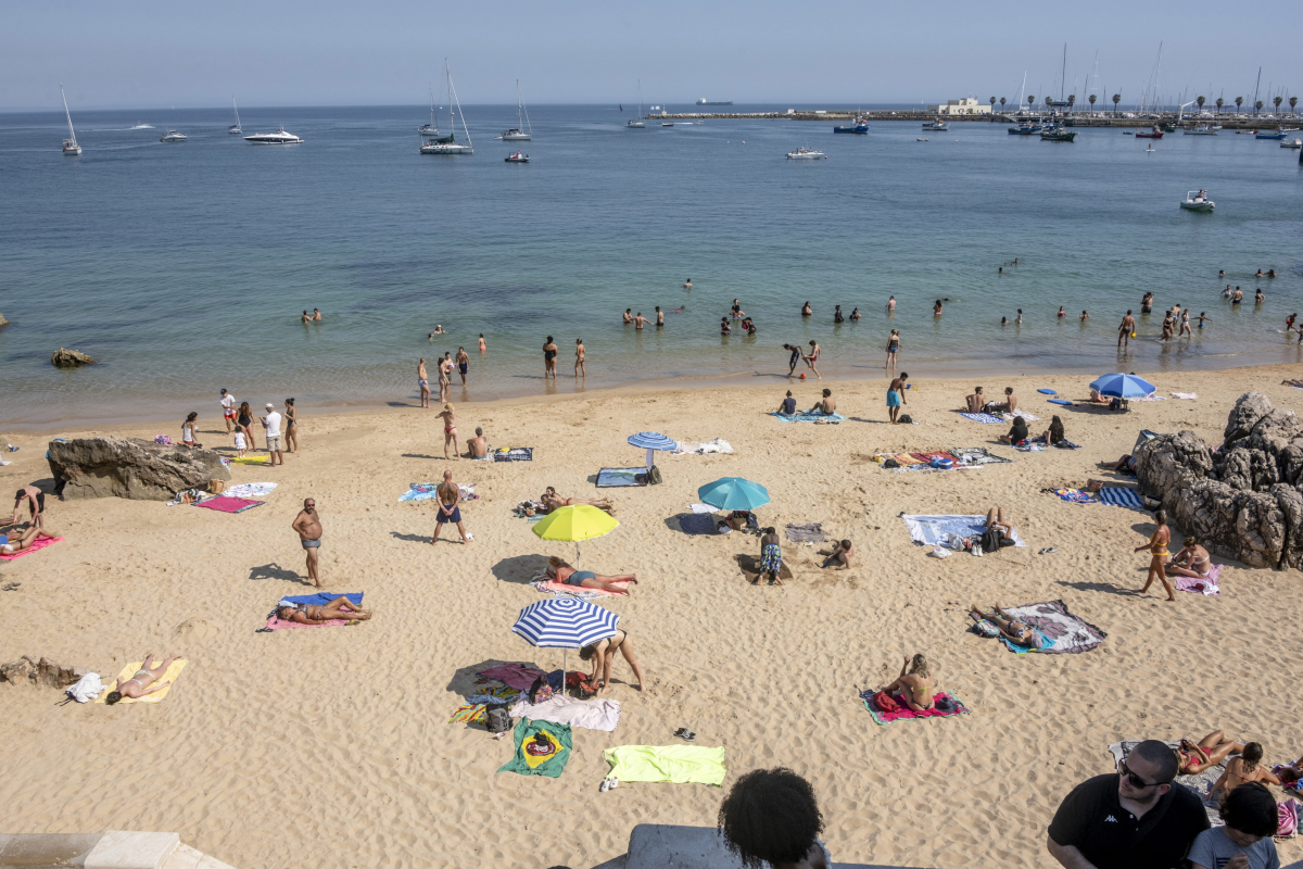 Portugal ready to offer Brits quarantine-free holidays from this weekend with air bridges to other destinations